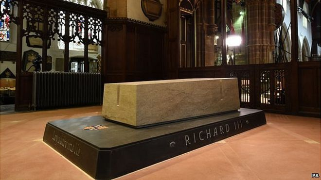 tomb of King Richard III tomb